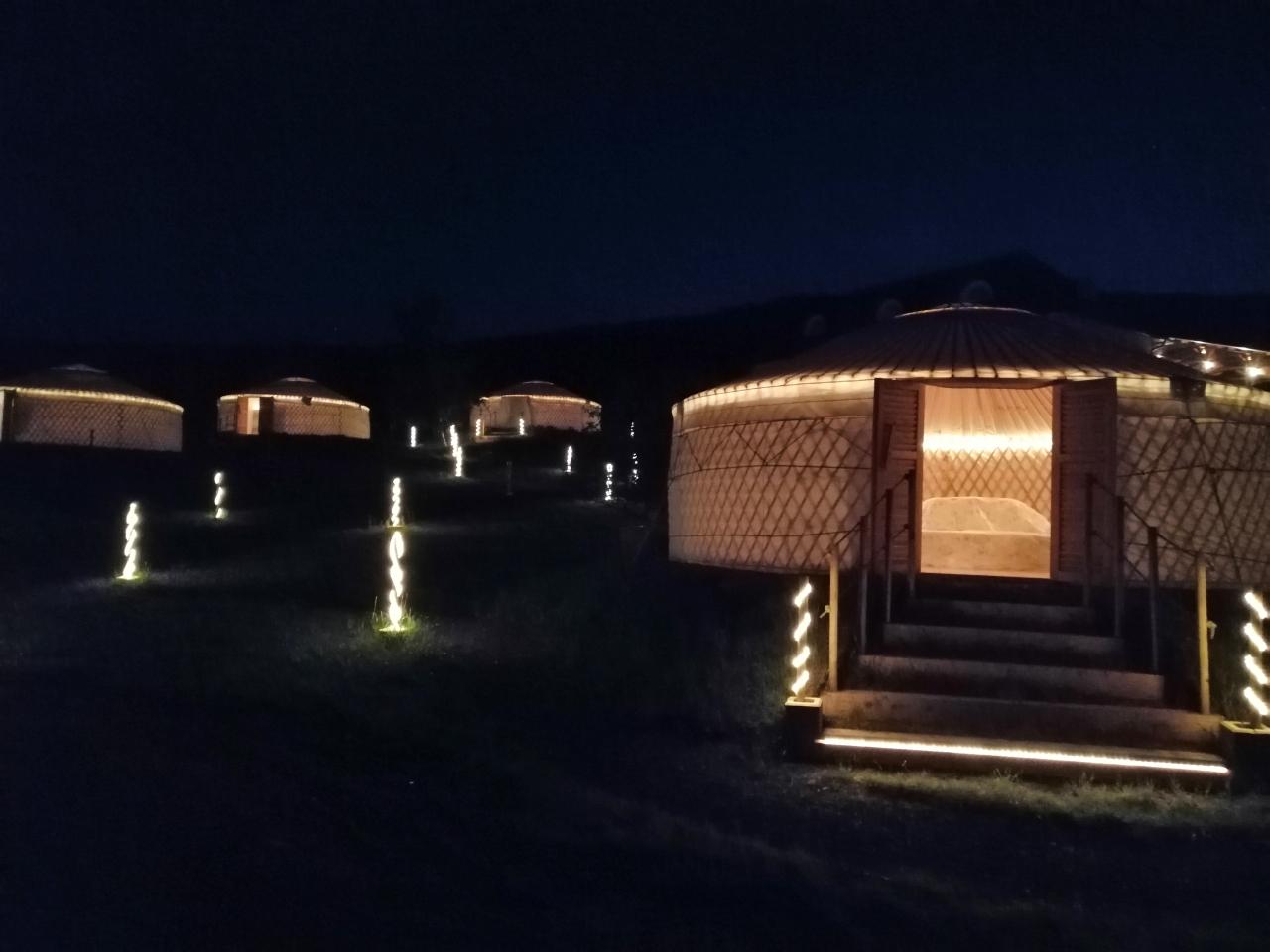 Jurta hotel Balatongyörök Galéria Éjszaka 5